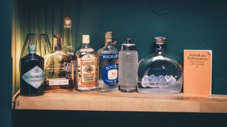 Die Ménage Bar